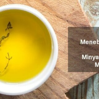 Cara Menebalkan Alis dengan Minyak Zaitun & Manfaatnya