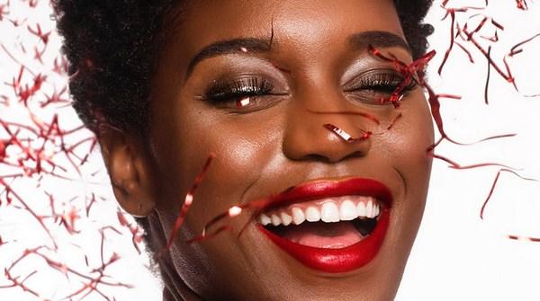 Warna lipstik untuk kulit coklat - Merah