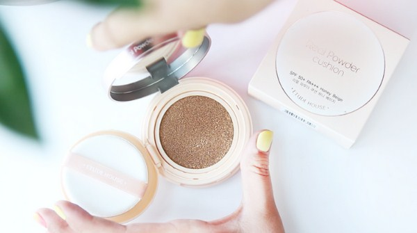 BB cushion untuk kulit berminyak - Etude House real powder cushion