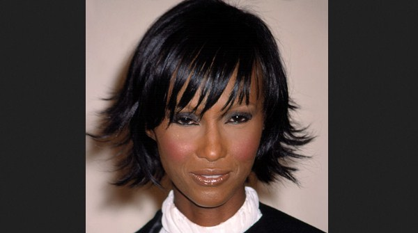 model rambut pendek tipis Pointed pixie