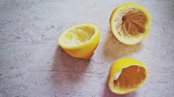 Cara membuat minyak atsiri dari lemon