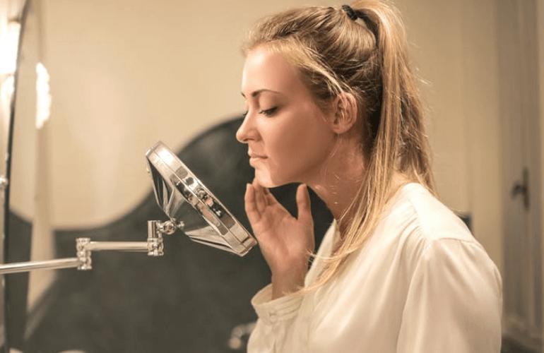Cara mengatasi jerawat gatal dan meradang