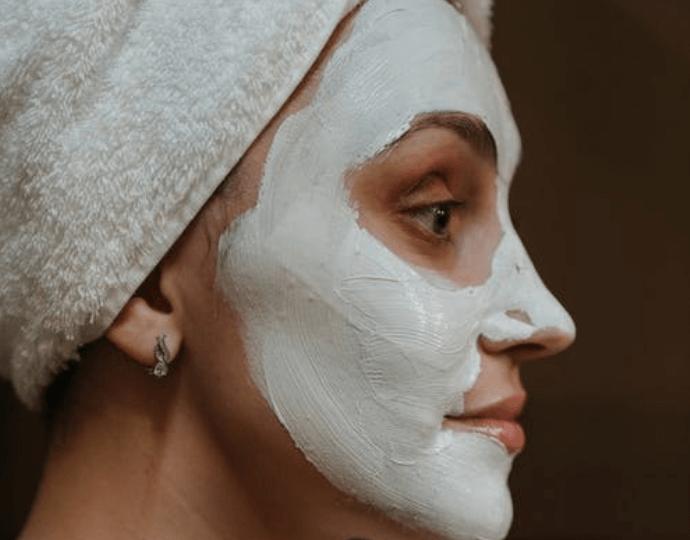 Masker untuk kulit kusam dan gelap dari bahan alami - bengkuang